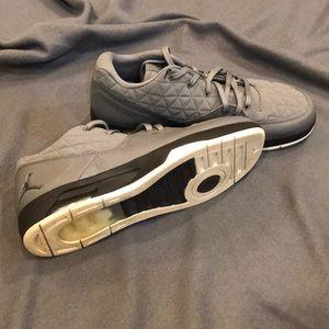 Nike Air Jordan Clutch Basketball shoes. Size 10.